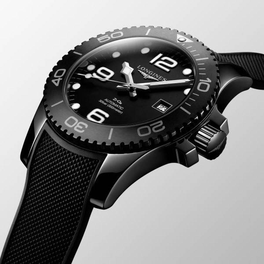 43.00 mm Black ceramic case with Matt black ceramic dial and Rubber strap Black strap - 2 of 5