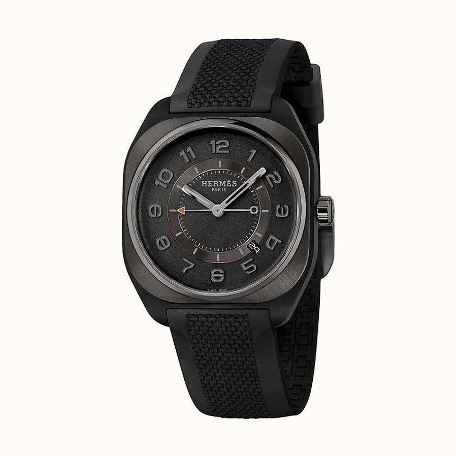 View: front, Hermes H08 watch, 39 x 39 mm