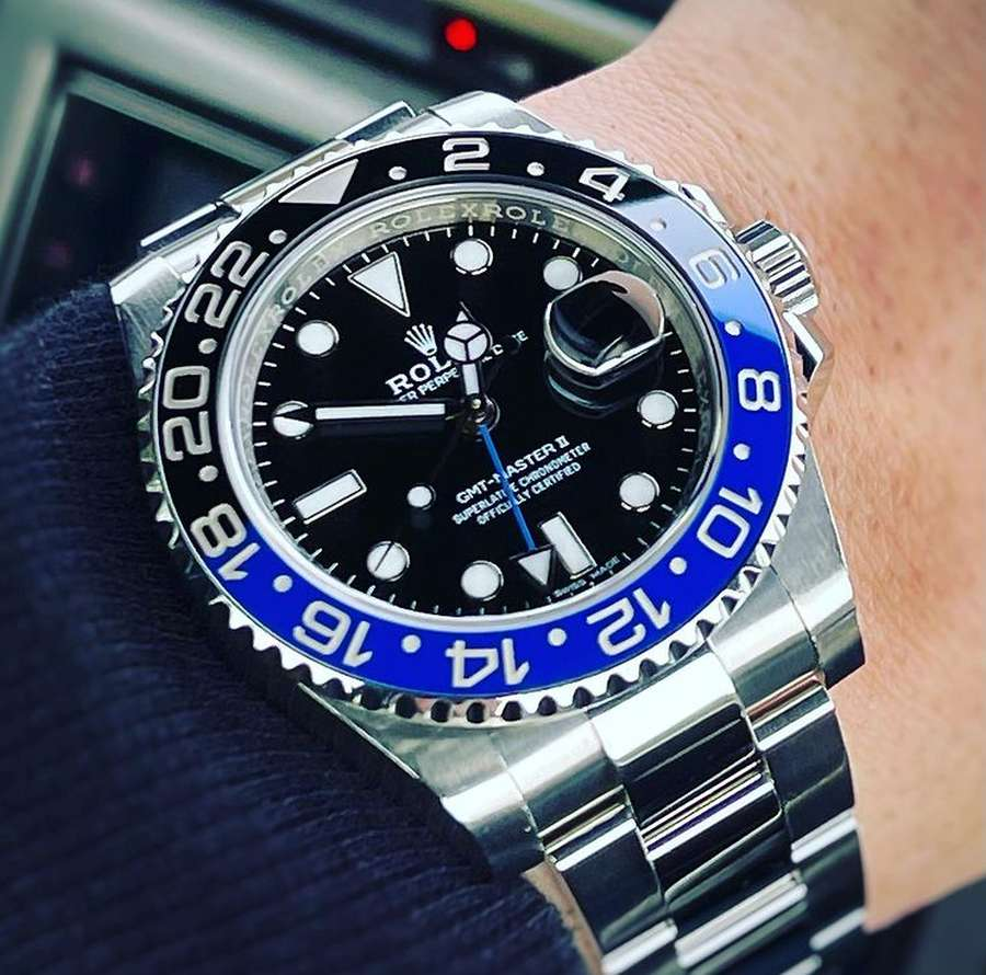 A picture containing watch, blue  Description automatically generated