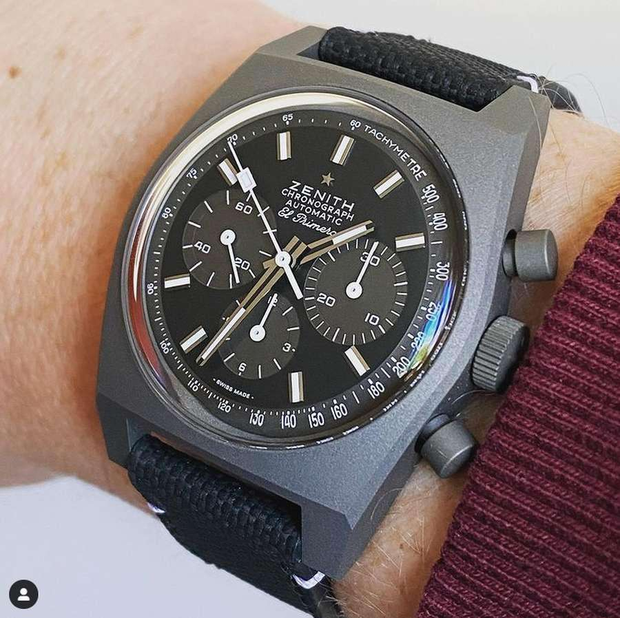 A close-up of a watch Description automatically generated with medium confidence